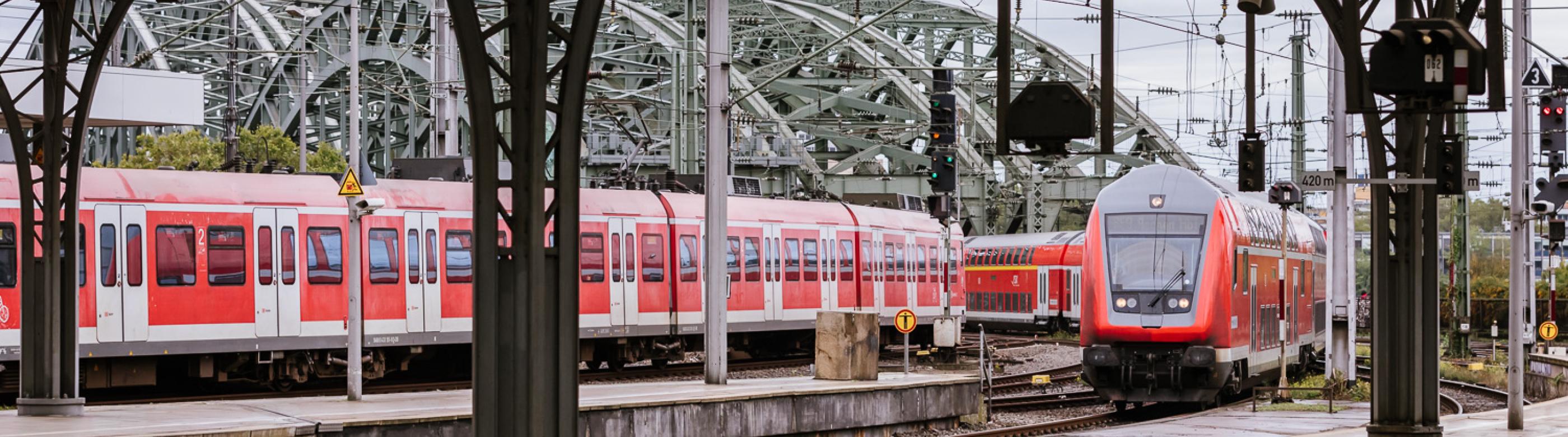 <p>2020 ist der Ausbau der S 11 und der Erftbahn ein gutes Stück vorangekommen. Wo stehen die Projekte derzeit und wie geht es 2021 weiter?</p>