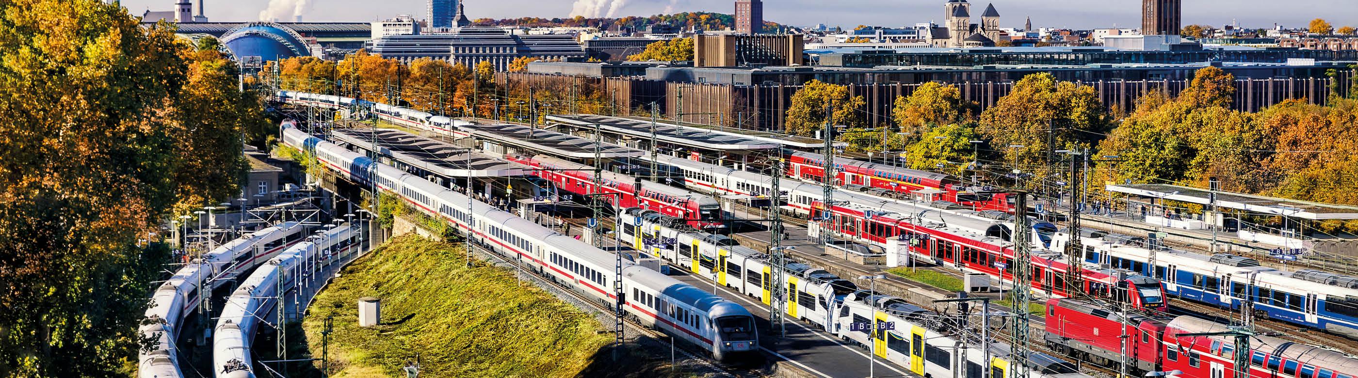 <div>Der Bund und das Land NRW einigen sich auf die Finanzierung der Westspange zwischen Köln Hansaring und Hürth-Kalscheuren. Damit kommt der Ausbau der S-Bahn Köln einen entscheidenden Schritt voran.</div>
