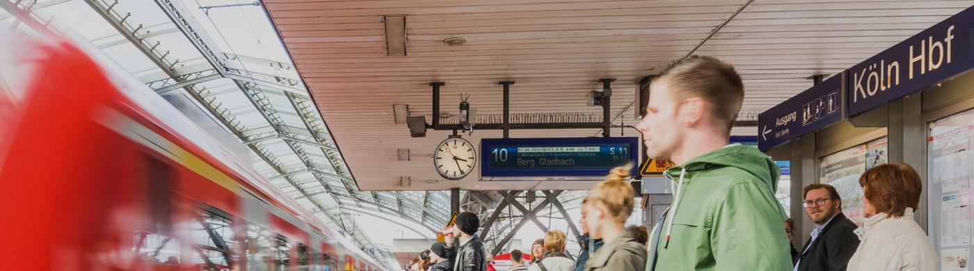 <p>Als ehemaliger Kölner Bahnhofsmanager wird Peter Kradepohl künftig die Entwicklung rund um den Ausbau der S-Bahn Köln in regelmäßigen Beiträgen beleuchten.Der Beitrag Mit Herzblut und Engagement bei der Sache erschien zuerst auf S-Bahn Köln.</p>