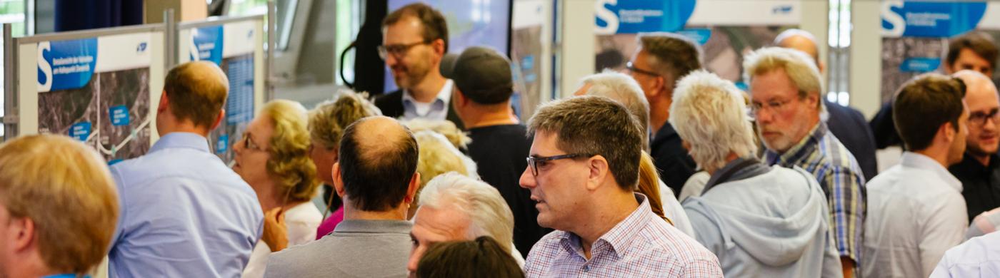 <p>350 Teilnehmer besuchten die Infomessen in Bedburg und Bergheim zum Ausbau der Erftbahn.</p>
