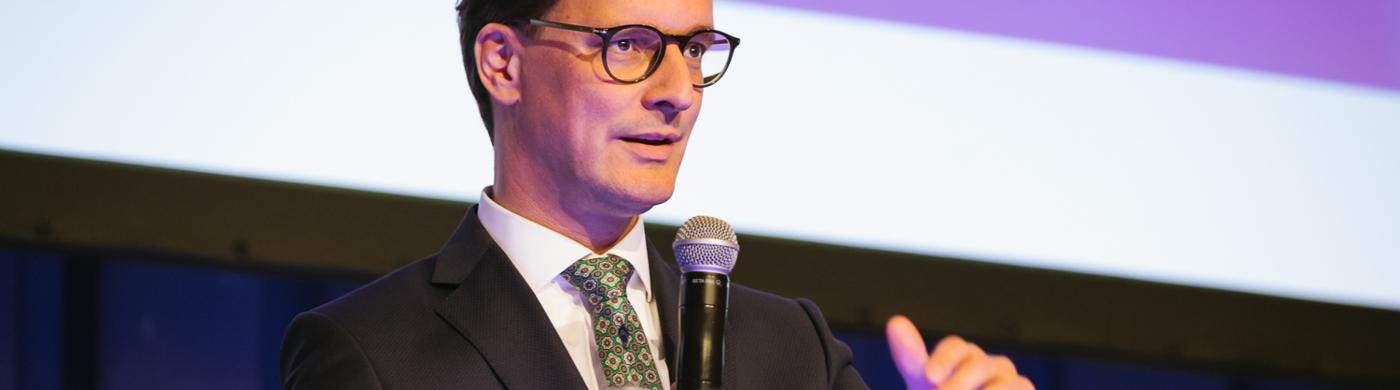 <p>NRW-Verkehrsminister Hendrik Wüst im Interview.</p>