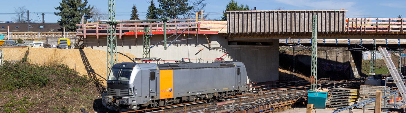 <p>Die S 13 ist das am weitesten fortgeschrittene Projekt im Rahmen des S-Bahn-Ausbaus im Großraum Köln. Gebaut wird auf der Linie bereits seit Ende 2016. Ein Statusbericht.Der Beitrag Die S 13 macht den Anfang erschien zuerst auf S-Bahn Köln.</p>